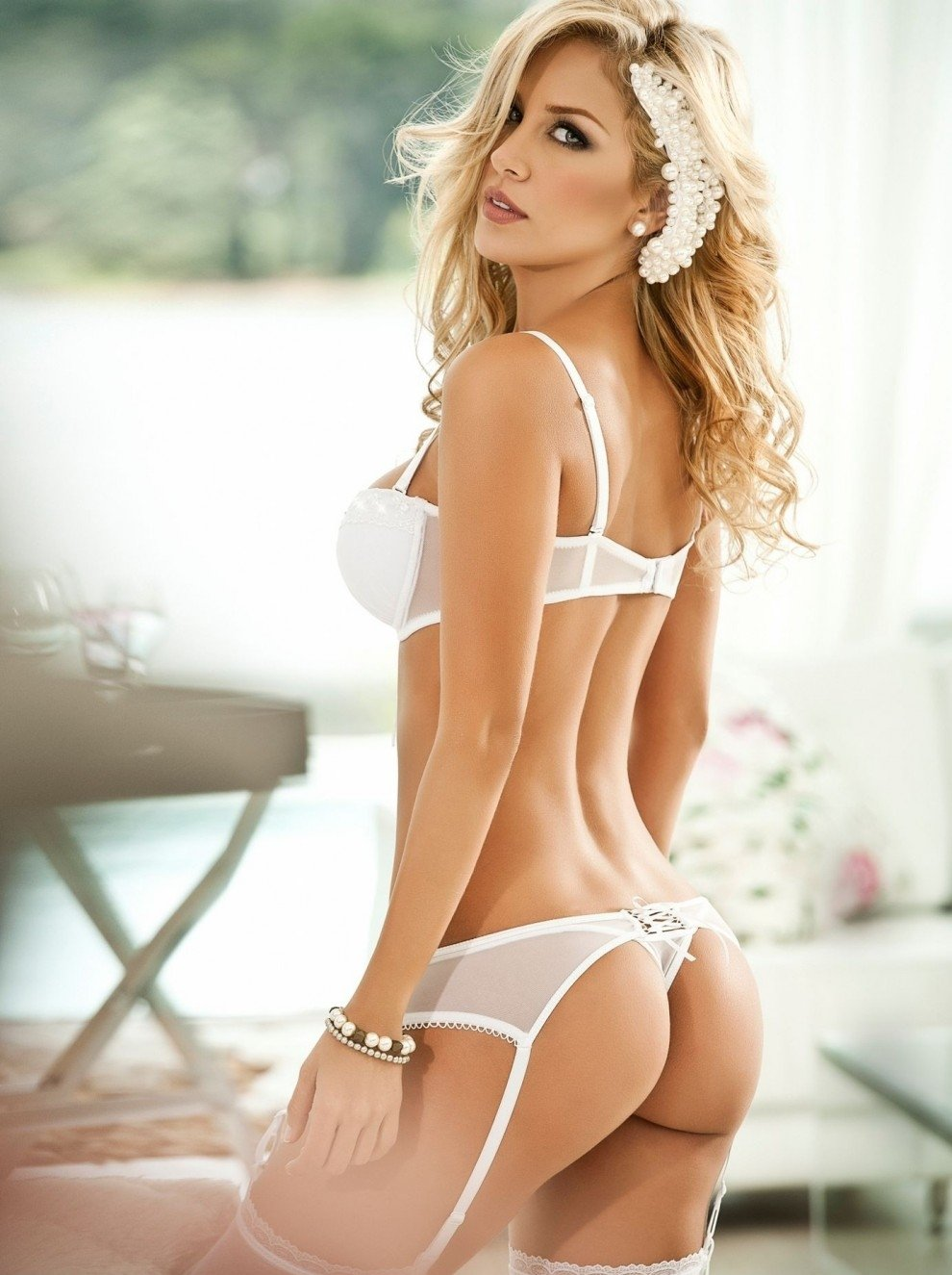 Really hot and sexy girls — photo 10