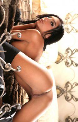 Молодая и сексуальная девушка желает интим знакомства с мужчиной в .
